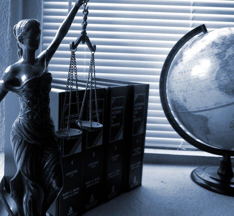 lagstiftning